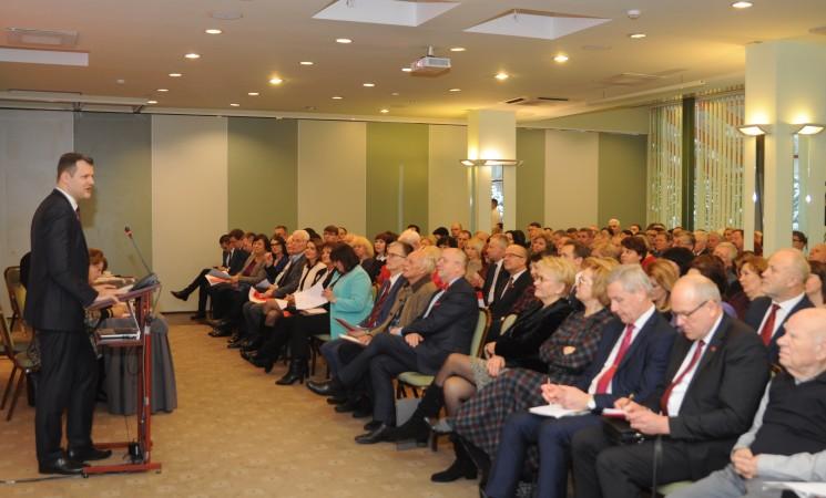 Socialdemokratai pasirašys susitarimus su Lietuvos profesinėmis sąjungomis