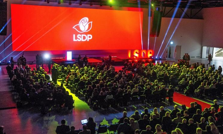 Socialdemokratai Seimui teikia Vardų ir pavardžių rašymo dokumentuose įstatymo projektą