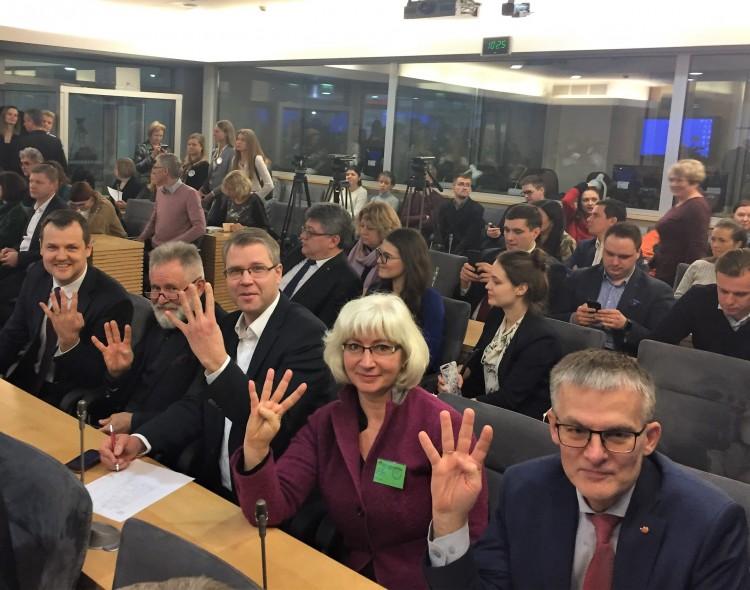 Socialdemokratai į rinkimus važiuos keturiais varomaisiais